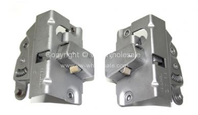 Genuine VW door lock mechanisms Sold as a pair 56-1/64 - OEM PART NO: 112837015A & 112837016A