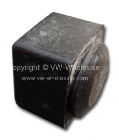 German quality rubber stop for clutch pedal 3/55-79 - OEM PART NO: 211703291
