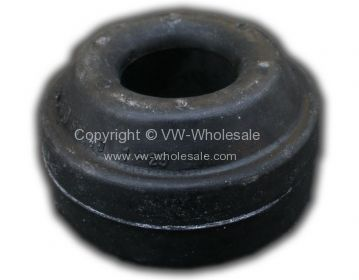 Wishbone rubber mounting inner 80-91 - OEM PART NO: 251407175A